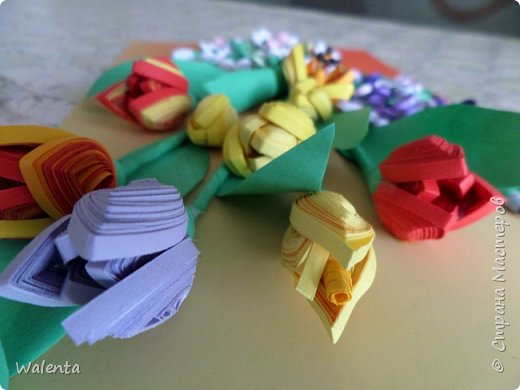 Мои первые тюльпаны. (Училась у Ольги Ольшак)А цветочки сирени изначально делались для гортензии,но что-то панно не сложилось.Все цветочки ушли на другие картины.И вот что получилось фото 5
