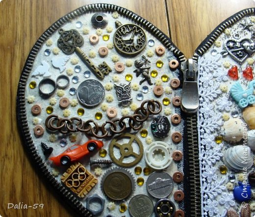 Здравствуйте уважаемые жители страны.Очень понравились сердечки (http://stranamasterov.ru/node/856811?c=favorite)  (http://stranamasterov.ru/node/871647?c=favorite).Под впечатлением у меня получилось такое сердце. фото 12