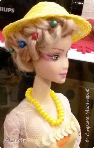 Здравствуйте мастера! Вот вдохновилась работами мастеров этого чудесного сайта и наконец-то решила сама сделать этих замечательных кукол. Дочка из кукол сделала одноногих инвалидов не выкидывать же))))) У одной из кукол восстановила волосы, были желтые и короткие и уже не совсем хорошие, все их убрала и сделала блондинку пепельную. Вообщем смотрите, что получилась. Дама в черном это первая экспериментальная, на ней и тренировалась в ней много косяков, которые пыталась скрыть за декором)))))  фото 25