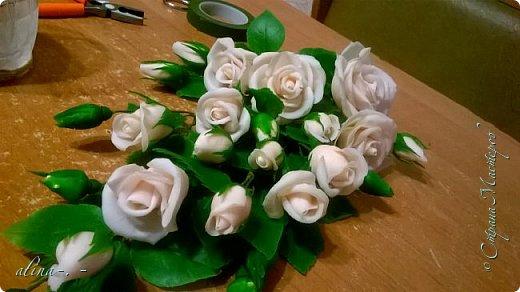 """Снова попросили корзинку.Заказчик захотел 25 роз на корзинке.недавно сварили новую морилку """"дуб"""".Заодно опробовали. фото 5"""