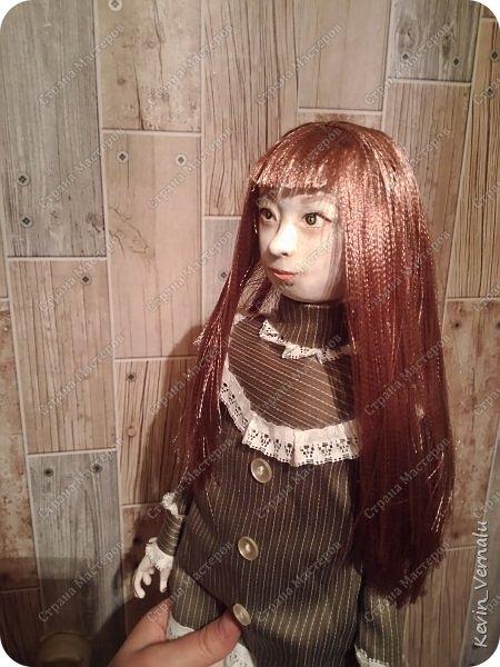 Всем привет!Сегодня я с портретной куколкой из папье маше и керапласта.Это мой дебют.Мама девочки ,для которой делалась эта Куколка,сказала,что похожа.Ну и вас,дорогие гости,прошу поделиться мнением. фото 14