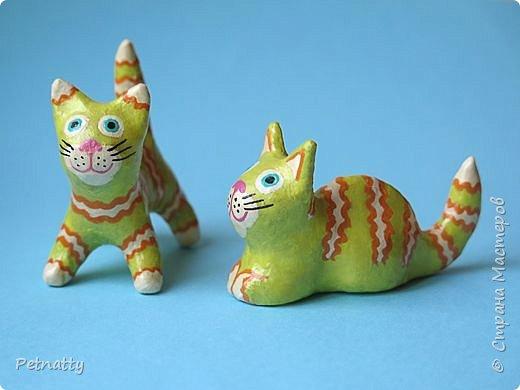 Когда-то я к каждому новому году делала игрушки, некоторые из них сохранились. Среди них и эти котики, им уже много лет.   фото 12