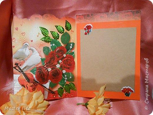 """Всем привет! Сдаю работу на конкурс """"День влюблённых"""". (http://stranamasterov.ru/node/1000874) Решил сделать открытку. Взял за основу готовую открытку и заклеил её обоями, оставшимися от ремонта.  фото 6"""