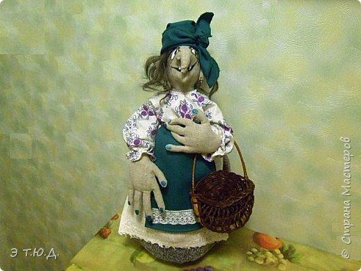 Кормилица Макоша есть пятая бабка Ежка, сшитая как кукла на чайник.  фото 1