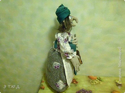 Кормилица Макоша есть пятая бабка Ежка, сшитая как кукла на чайник.  фото 2
