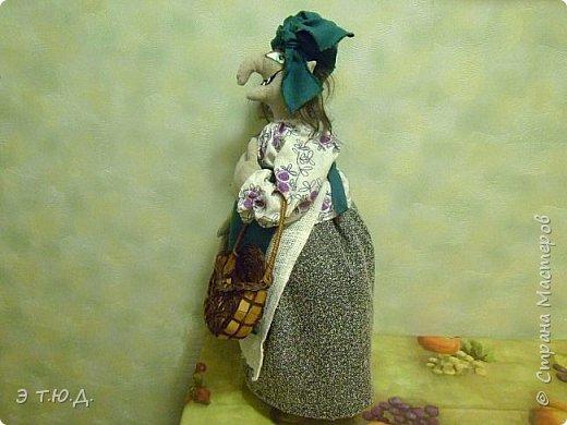 Кормилица Макоша есть пятая бабка Ежка, сшитая как кукла на чайник.  фото 3