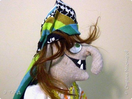 Бабка Петровишна продолжает серию бабок Ежек сшитых из текстиля. фото 5