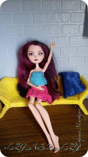 Сегодня утром в комнате Кэри Был полнейший беспорядок.Кэри сидела и что-то шила. фото 11