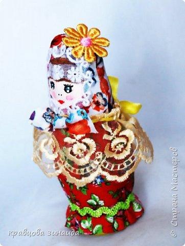 ДОБРЫЙ ВЕЧЕР страна  мастеров , сегодня я к вам с матрешками , давно хотела сделать такие  русские сувениры , вновь применила технику грунтовый текстиль. рассмотрим каждую фото 3
