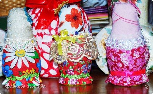 ДОБРЫЙ ВЕЧЕР страна  мастеров , сегодня я к вам с матрешками , давно хотела сделать такие  русские сувениры , вновь применила технику грунтовый текстиль. рассмотрим каждую фото 7