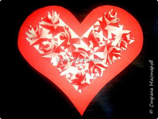Валентинка с розами из полоски бумаги. фото 39