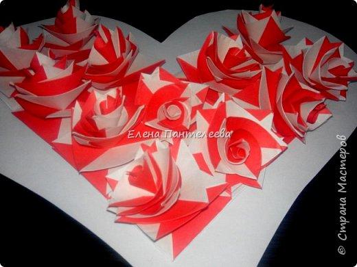 Валентинка с розами из полоски бумаги. фото 40