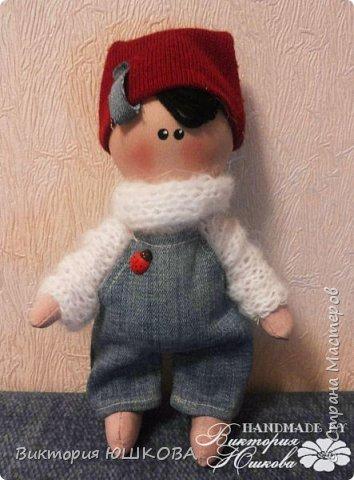 А это мое новое увлечение - текстильные куклы. Я их уже сделала много и в разных стилях и техниках.вот теперь отчет о проделанной работе выкладываю для вас, дорогие жители Страны) В этом блоге куколки большеголовки. фото 6