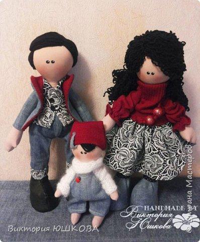 А это мое новое увлечение - текстильные куклы. Я их уже сделала много и в разных стилях и техниках.вот теперь отчет о проделанной работе выкладываю для вас, дорогие жители Страны) В этом блоге куколки большеголовки. фото 3