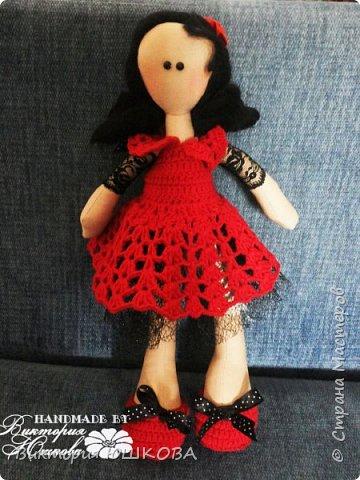 А это мое новое увлечение - текстильные куклы. Я их уже сделала много и в разных стилях и техниках.вот теперь отчет о проделанной работе выкладываю для вас, дорогие жители Страны) В этом блоге куколки большеголовки. фото 10