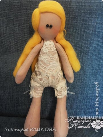 А это мое новое увлечение - текстильные куклы. Я их уже сделала много и в разных стилях и техниках.вот теперь отчет о проделанной работе выкладываю для вас, дорогие жители Страны) В этом блоге куколки большеголовки. фото 12