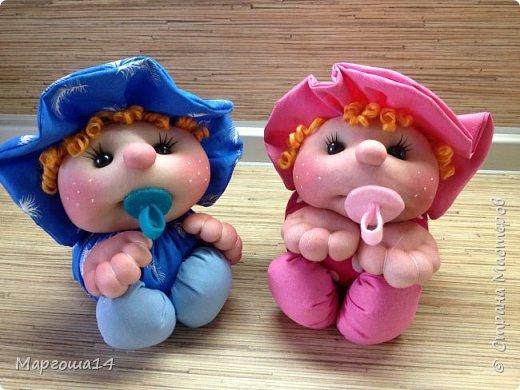 Малыши - отличный подарок на День рождения! Рост куколок 20 см вместе с шапочкой. фото 1