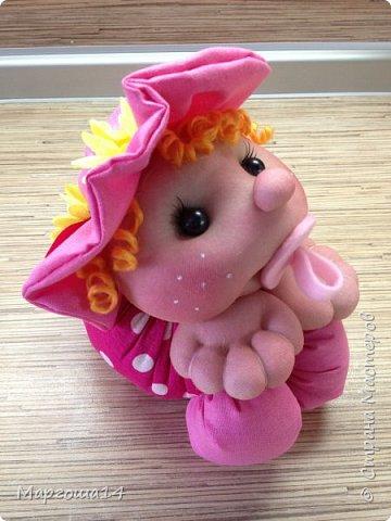 Малыши - отличный подарок на День рождения! Рост куколок 20 см вместе с шапочкой. фото 6