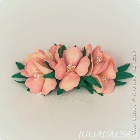 Гребень с цветами из фоамирана фото 5