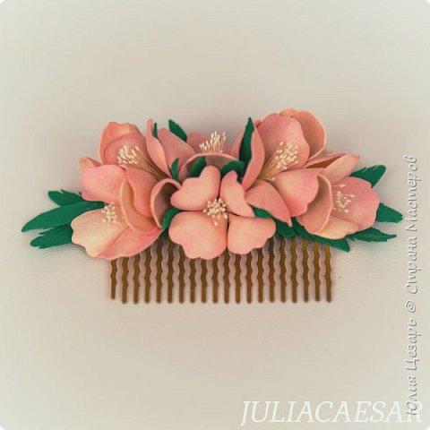 Гребень с цветами из фоамирана фото 1