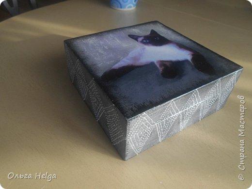 Доброго дня! Покажу сегодня две шкатулочки. Шкатулка первая сделана в подарок дочке на день рожденье. Заготовка сосна. Шкатулка вместительная. Очень нравится ее внутреннее деление на три части.  фото 11