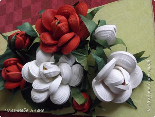 """Доброго времени суток всем жителям Страны Мастеров! Хочу показать вам  работу в любимой мною технике квиллинг """"Розы в вазе"""". Очень люблю её! Надеюсь, и вам она придётся по душе... фото 9"""