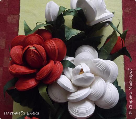 """Доброго времени суток всем жителям Страны Мастеров! Хочу показать вам  работу в любимой мною технике квиллинг """"Розы в вазе"""". Очень люблю её! Надеюсь, и вам она придётся по душе... фото 8"""