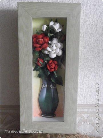 """Доброго времени суток всем жителям Страны Мастеров! Хочу показать вам  работу в любимой мною технике квиллинг """"Розы в вазе"""". Очень люблю её! Надеюсь, и вам она придётся по душе... фото 11"""