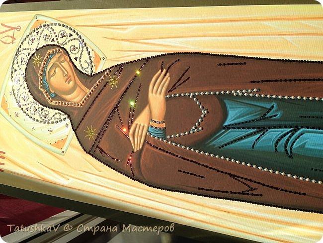 Украшение Плащаницы Богородицы стразами Сваровски, жемчугом фото 2