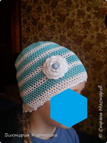 Всем Здравствуйте! Вот не много освоила вязание крючком и получилась такая летняя шапочка для дочки.  фото 2