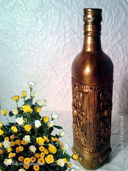Здравствуйте,мои дорогие!Сегодня я продолжу знакомить вас со своей коллекцией национальных орнаментов народов Северного Кавказа.    Представляю вайнахские,аланские и адыгские узоры,создала их на бутылках в технике пейп-арт Тани Сорокиной по мотивам  музейных экспонатов. фото 3