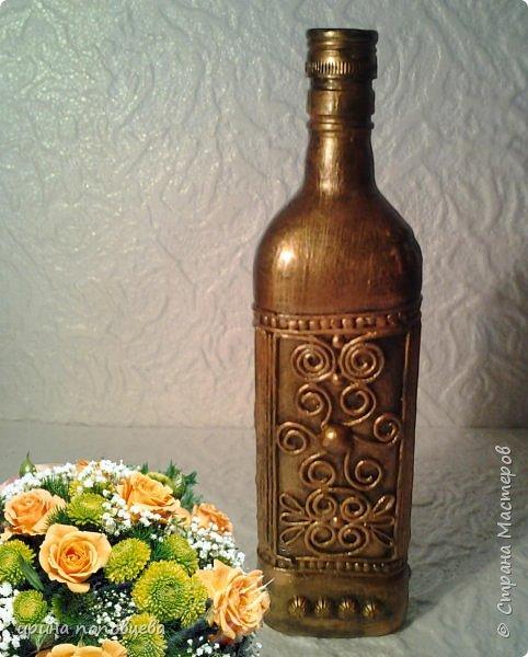 Здравствуйте,мои дорогие!Сегодня я продолжу знакомить вас со своей коллекцией национальных орнаментов народов Северного Кавказа.    Представляю вайнахские,аланские и адыгские узоры,создала их на бутылках в технике пейп-арт Тани Сорокиной по мотивам  музейных экспонатов. фото 2