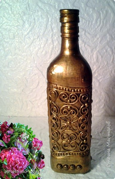 Здравствуйте,мои дорогие!Сегодня я продолжу знакомить вас со своей коллекцией национальных орнаментов народов Северного Кавказа.    Представляю вайнахские,аланские и адыгские узоры,создала их на бутылках в технике пейп-арт Тани Сорокиной по мотивам  музейных экспонатов. фото 6