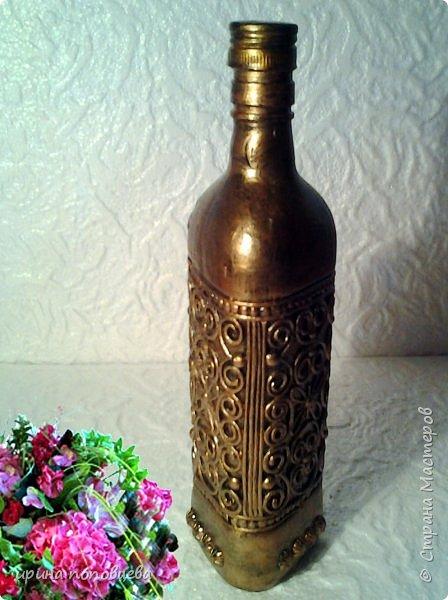Здравствуйте,мои дорогие!Сегодня я продолжу знакомить вас со своей коллекцией национальных орнаментов народов Северного Кавказа.    Представляю вайнахские,аланские и адыгские узоры,создала их на бутылках в технике пейп-арт Тани Сорокиной по мотивам  музейных экспонатов. фото 7