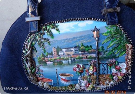 """Идея оформления сумки """"ОСТРОВОК..."""",давно сидела в моей голове...но всё не было самой сумки на которой бы выполнить задуманное...и вот повезло....Долго искала пейзаж,который бы напоминал об отдыхе в Италии и Греции.... фото 9"""