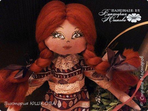 """Так получилось, что у меня """"родилось"""" несколько кукол в разных стилях объединенных одной цветовой гаммой и запахом корицы, так как ткань для их тела я красила раствором кофе и корицы, поэтому я собрала их в одну коллекцию и назвала ее КОРИЦА фото 4"""