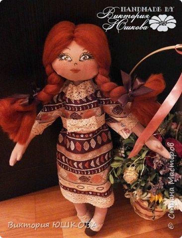 """Так получилось, что у меня """"родилось"""" несколько кукол в разных стилях объединенных одной цветовой гаммой и запахом корицы, так как ткань для их тела я красила раствором кофе и корицы, поэтому я собрала их в одну коллекцию и назвала ее КОРИЦА фото 5"""
