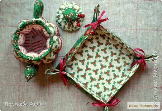 Уютный текстильный чайник  станет замечательным подарком, послужит шкатулочкой для чайных пакетов, конфеток,  бижутерии или других мелочей, а также может быть необычной упаковкой для небольшого подарка.  Высота 15см. фото 10