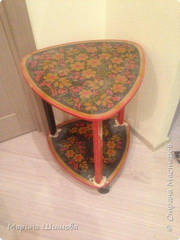 Был у меня старый столик, долго думала, что с ним сделать, как задекорировать и вот получилось очедное творение.  фото 2