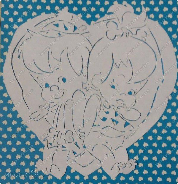 Вырезала из детской раскраски.  фото 1