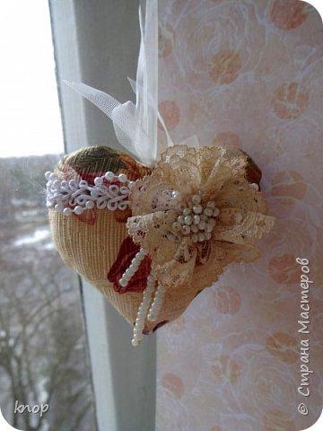 """Здравствуйте дорогие гости! предлагая вашему вниманию валентиночки из ткани!! если в прошлом году они были """"ленивые"""" и склеенные, то в этом году они уже настоящие) сшитые))))) фото 2"""