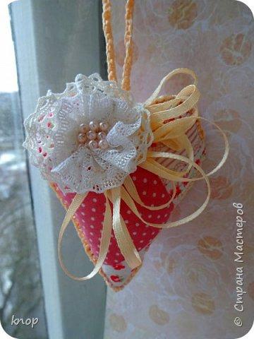 """Здравствуйте дорогие гости! предлагая вашему вниманию валентиночки из ткани!! если в прошлом году они были """"ленивые"""" и склеенные, то в этом году они уже настоящие) сшитые))))) фото 5"""