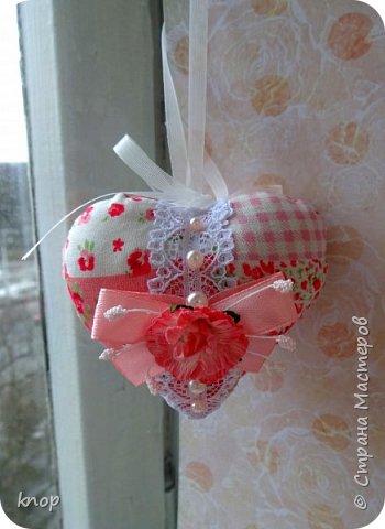 """Здравствуйте дорогие гости! предлагая вашему вниманию валентиночки из ткани!! если в прошлом году они были """"ленивые"""" и склеенные, то в этом году они уже настоящие) сшитые))))) фото 11"""