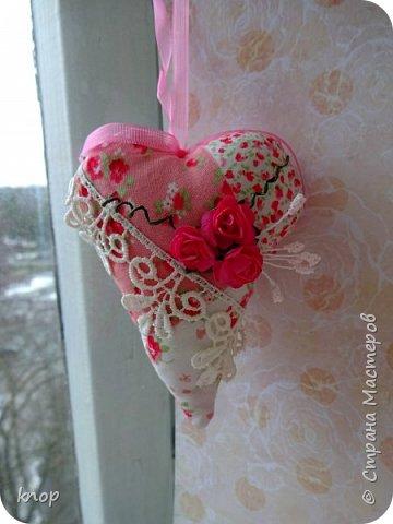 """Здравствуйте дорогие гости! предлагая вашему вниманию валентиночки из ткани!! если в прошлом году они были """"ленивые"""" и склеенные, то в этом году они уже настоящие) сшитые))))) фото 12"""