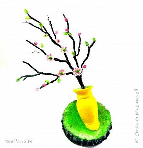 """Сделала ветку на Санате по МК Наты, куратор Natali1515  """"Сакура в цвету"""" С/овсем недавно ветви голы были.. А только солнце вышло из-за гор, Как снегом розовым сады покрылись, Убранством ярким покоряя взор. Рисует на холсте художник чудо, Атласным бархатом чаруя взгляд. Весны очарование повсюду- Цветы Эдема-сакуры наряд. В тех дивной красоты цветах, Есть волшебство и притяженье взгляда. Туда манит чудесных райских птах,                       Услада и покой чарующего сада фото 3"""