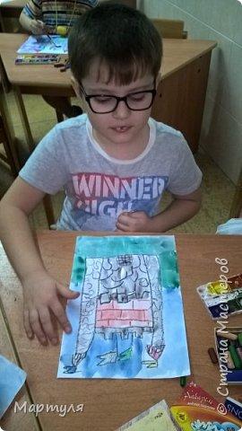 Рисовали замок с детьми. Это образец. фото 15