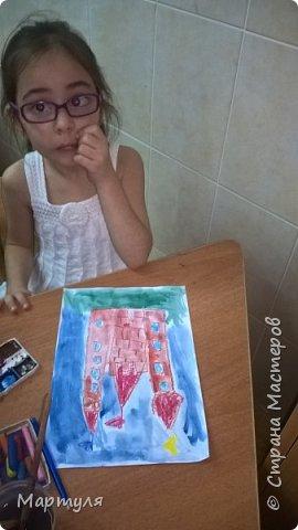 Рисовали замок с детьми. Это образец. фото 16