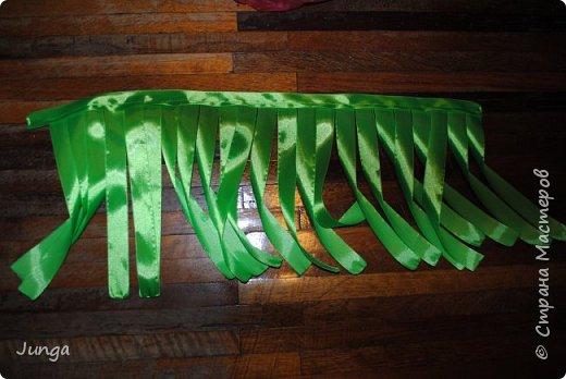 Праздновали с друзьями новый год по-гавайски)) Соорудили дома пляжный бар, нарядились подобающе))) Для доченьки сшила гавайский костюмчик) фото 5
