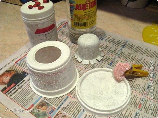 Всем доброго времени суток! Хочу поделиться со всеми, кого заинтересует моя новая идея как легко и просто взрослым и даже детям сделать своими руками нарядную подставку для яиц. Кроме того, что она удобна и проста в изготовлении, эта подставка легко трансформируется в красивую коробочку (упаковку) для подарочного расписного яичка на Пасху. фото 21