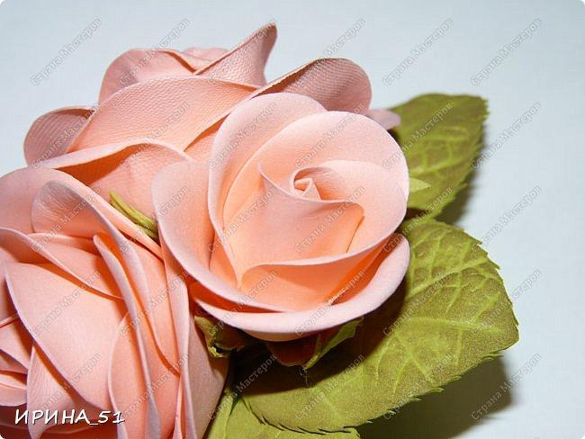 Пионовидная роза Давида Остина из фоамирана +заколочка. фото 9